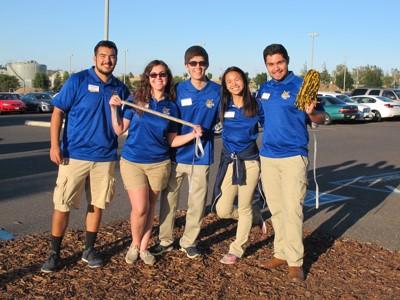 UC Merced Orientation staff